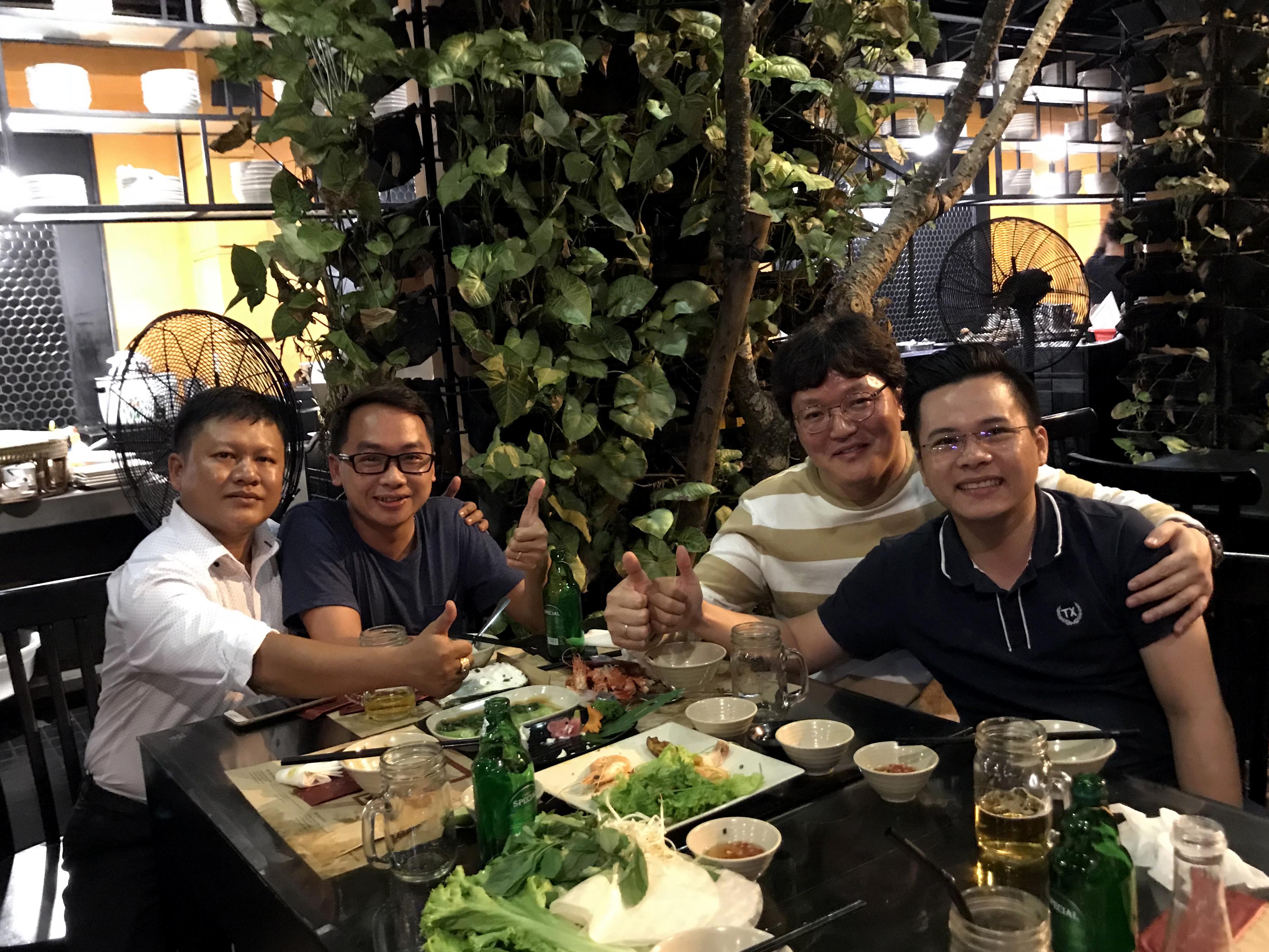 Công ty TNHH công nghiệp Phú Thịnh gặp gỡ đối tác Hàn Quốc