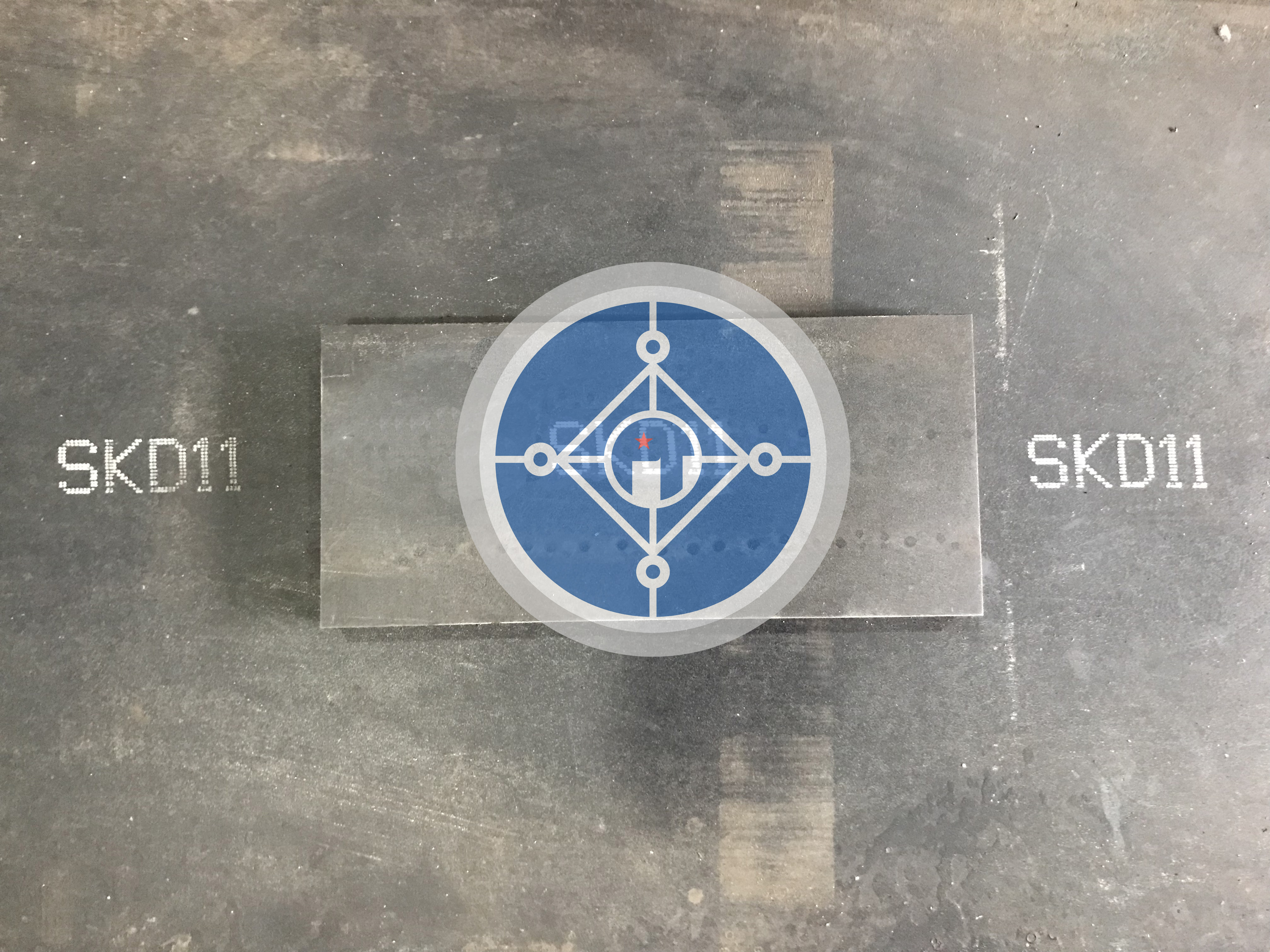 Độ cứng thép tấm SKD11 làm dao băm gỗ