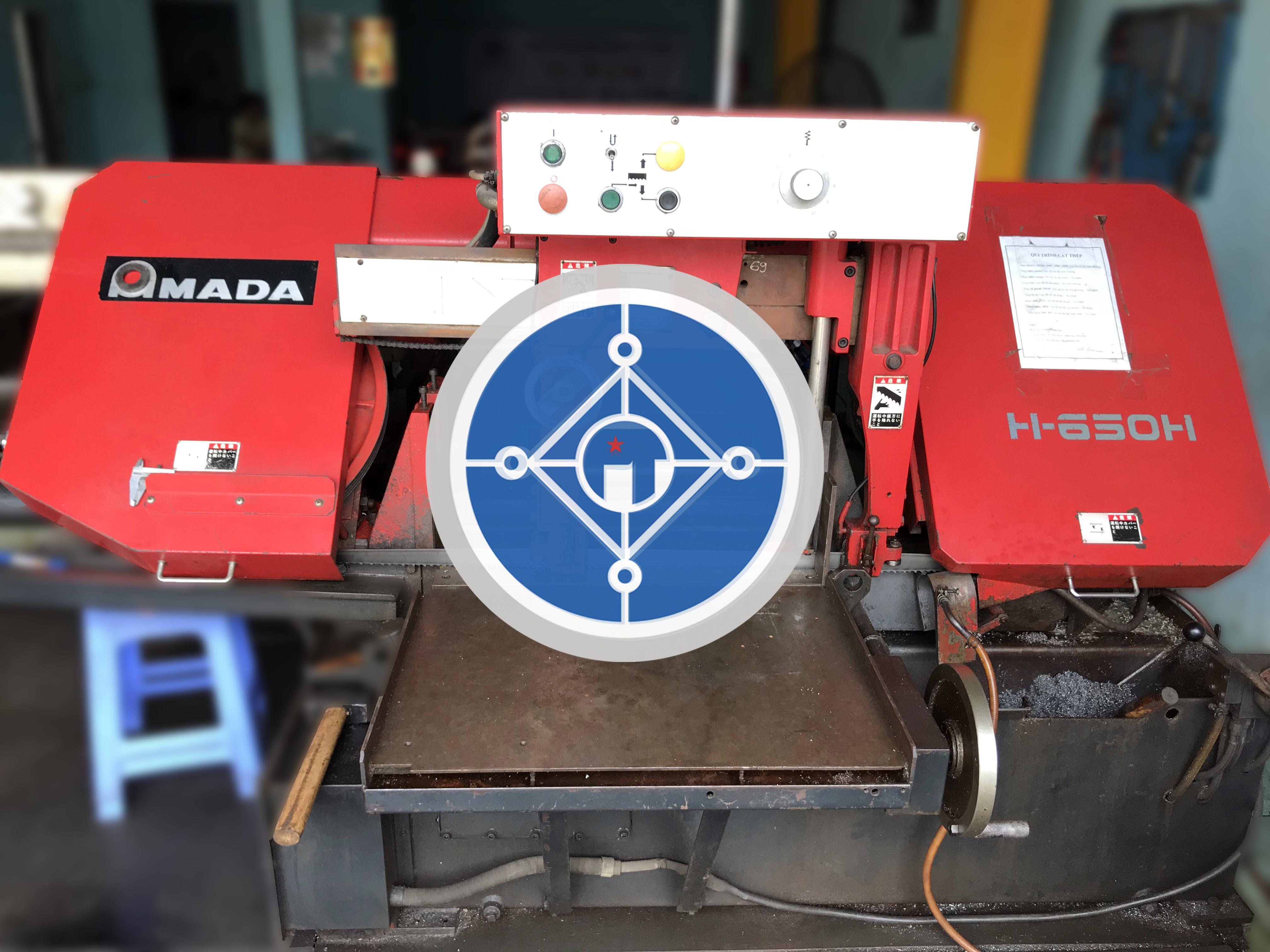 Dụng cụ cắt thép SKD11 bằng máy cưa vòng