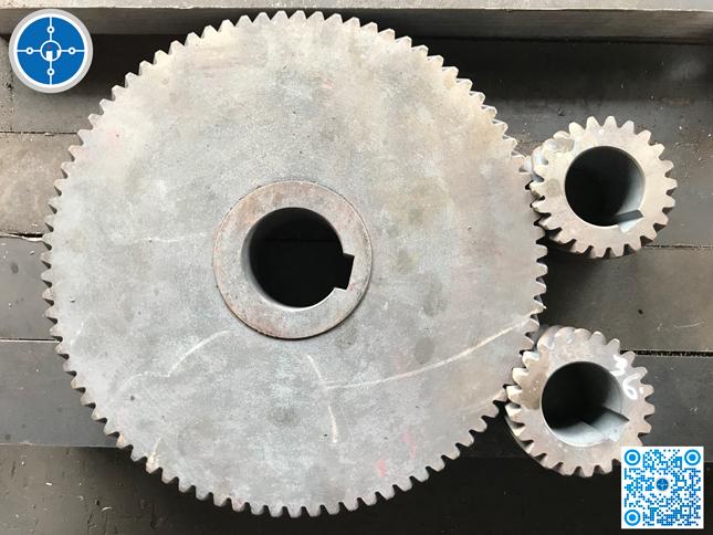 Thép tròn đặc SKD61 làm bánh răng